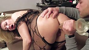 Free Vittoria Risi HD porn Anal loving milf Vittoria Risi gets her well shaped round