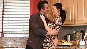 HD When horny couples are willing to make out, then kitchen can be the place