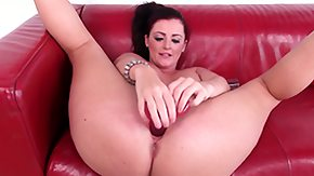 HD Sophie Dee tube Sophie Dee having a good time with her toys and moaning off her ass