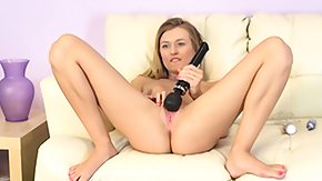 Alia Starr HD porn tube Natalia Starr places microphone by cunt to amplify horrific sounds