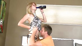 Flexible High Definition sex Movies Fair-haired puts her flexible lips on intense ram pole